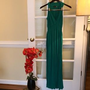 Dresses & Skirts - Green Maxi dress for summer or maternity
